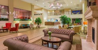 Holiday Inn Mobile-Dwtn/Hist. District - מובייל - לובי