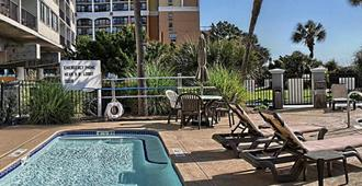 The Caravelle Resort - Myrtle Beach - Piscina