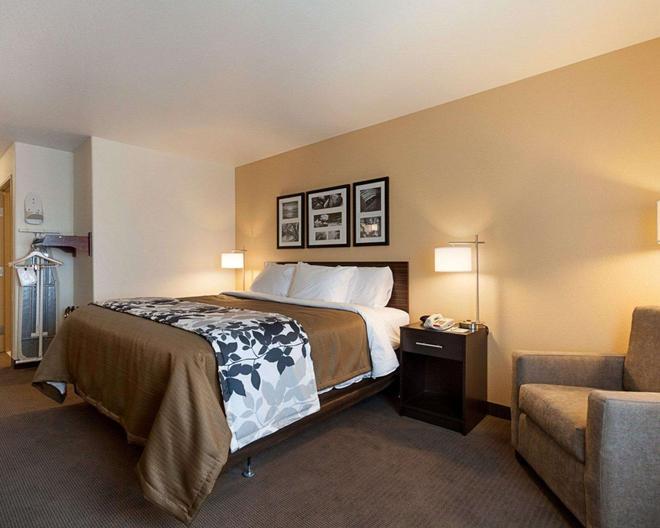 Sleep Inn & Suites - Carlsbad - Makuuhuone