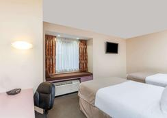 Microtel Inn & Suites by Wyndham Knoxville - Knoxville - Makuuhuone