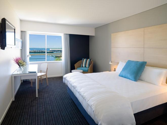 Vibe Hotel Darwin Waterfront - Дарвин - Спальня