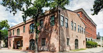 Staybridge Suites Savannah Historic District - Savannah - Κτίριο