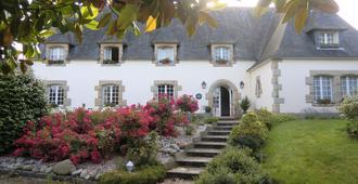 Hôtel La Coudraie - Pluguffan