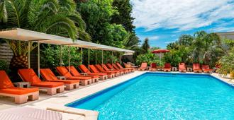 Best Western Plus Montfleuri - Sainte-Maxime - Pool