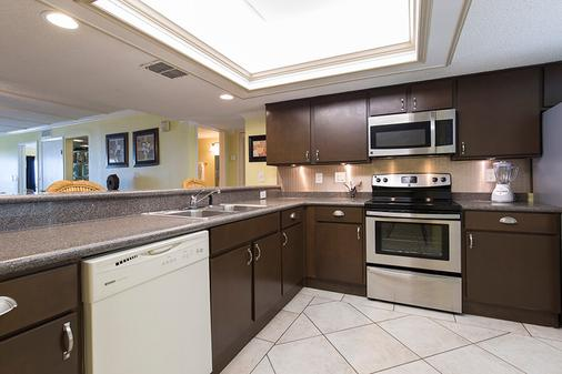 Saida Towers by Padre Island Rentals - South Padre Island - Kitchen