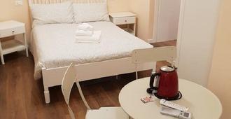 Glam Resort G H O S T E L - La Spezia - Phòng ngủ