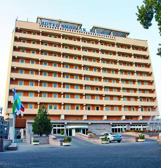 Shodlik Palace - Taškent - Rakennus
