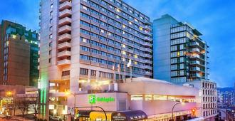 Holiday Inn Vancouver Centre - Vancouver - Bygning