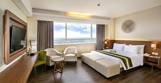 Grand Whiz Hotel Poins Simatupang Jakarta - Jakarta - Sovrum