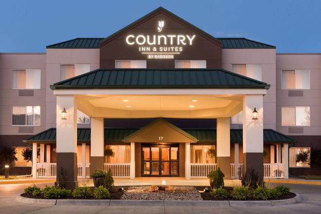 Country Inn & Suites by Radisson, Council Bluffs - Council Bluffs - Κτίριο