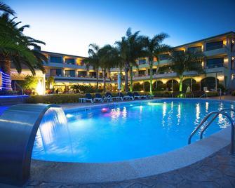 Hotel Miami Mar - Sant Carles de la Ràpita - Басейн
