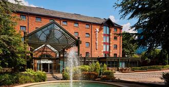 Manchester Marriott Victoria & Albert Hotel - Manchester - Building