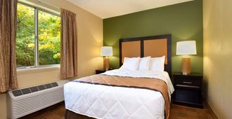 Extended Stay America - Greensboro - Wendover Ave. - Greensboro - Bedroom