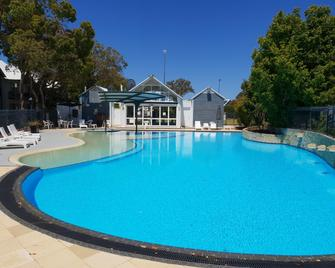 Mandurah Quay Resort - Mandurah - Pool