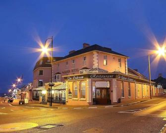 The Sands Hotel - Tramore - Building