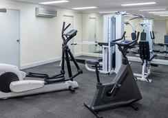 Adina Serviced Apartments Sydney Martin Place - Sídney - Gimnasio