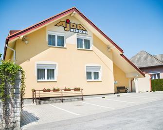 Penzión Ajda - Liptovsky Mikulas - Building