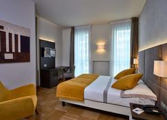 Hotel Como - Como - Habitación