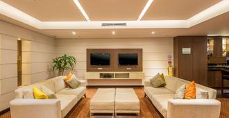 Hotel Dann Carlton Bogota - Bogotá - Living room