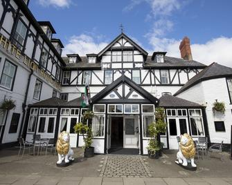 White Lion Royal Hotel - Bala - Edificio