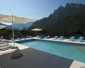 Hotel Kalliste - Porto - Pool