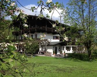 Alpenhof Landhotel Restaurant - Oberaudorf - Gebäude