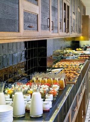 H10 大都會酒店 - 巴塞隆拿 - 巴塞隆納 - 自助餐