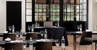 H10 Metropolitan - Bác-xê-lô-na - Nhà hàng