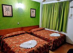Hotel Playa Azul - Playa Azul - Habitación