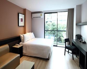 Chor Cher - The Luxury Green Hotel - Bang Sao Thong - Slaapkamer