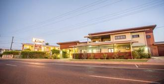 Spinifex Motel & Serviced Apartments - Mount Isa