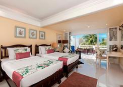 普吉島塔旺棕櫚海灘度假村 - 卡倫海灘 - 臥室