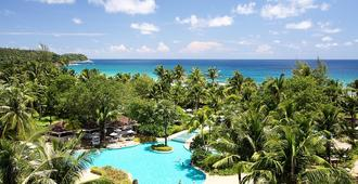 Thavorn Palm Beach Resort Phuket - Карон - Бассейн