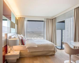 Radisson Blu Hotel, Zurich Airport - Zurich - Bedroom