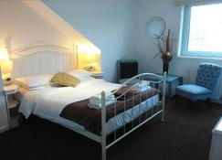 Seafield House - Hove - Bedroom