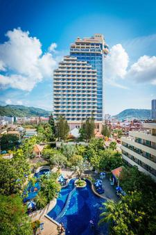 The Royal Paradise Hotel & Spa - Patong - Building