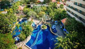 The Royal Paradise Hotel & Spa - Patong - Building