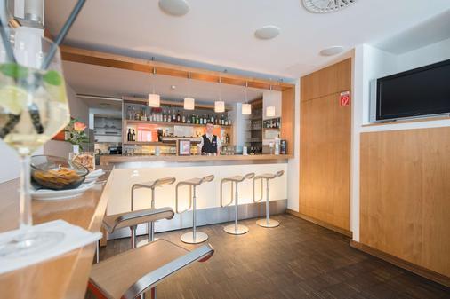 Best Western Hotel Am Straßberger Tor - Plauen - Bar