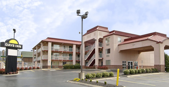 Days Inn And Suites Nashville Airport - Nashville - Building