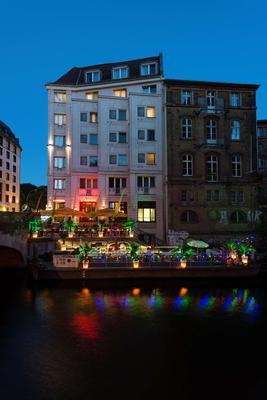 Living Hotel Berlin Mitte - Berliini - Rakennus
