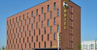 B&B Hotel Mainz-Hbf - Magonza - Edificio