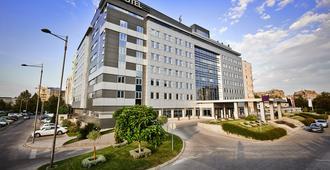 In Hotel Belgrade - Belgrade - Building