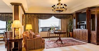 Park Tower, a Luxury Collection Hotel, Buenos Aires - Buenos Aires - Living room