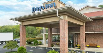 Days Inn by Wyndham Asheville Downtown North - Asheville - Edificio