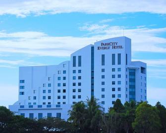 Parkcity Everly Hotel - Bintulu - Gebäude