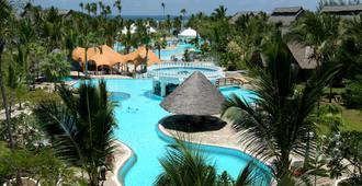 Southern Palms Beach Resort - Укунда