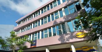 Value Hotel Balestier - Singapore - Toà nhà