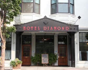Hotel Diamond Chico - Chico - Building