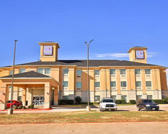 Sleep Inn and Suites University - Abilene - Building