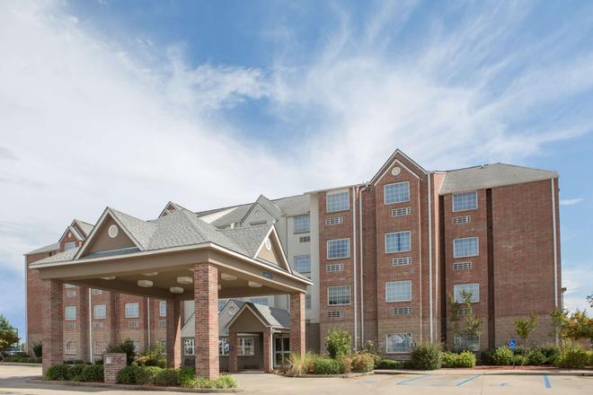 Microtel Inn & Suites by Wyndham Hattiesburg - Hattiesburg - Bâtiment